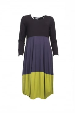 COLOUR BLOCK BALLON HEM DRESS